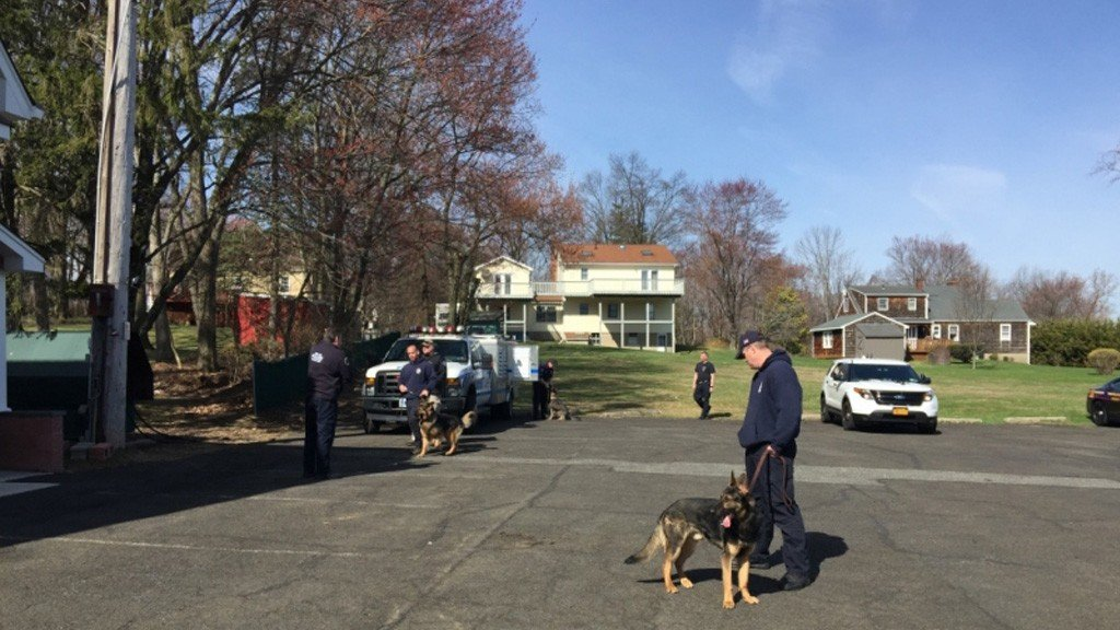 Tallman FD Hosts Police Canine Training