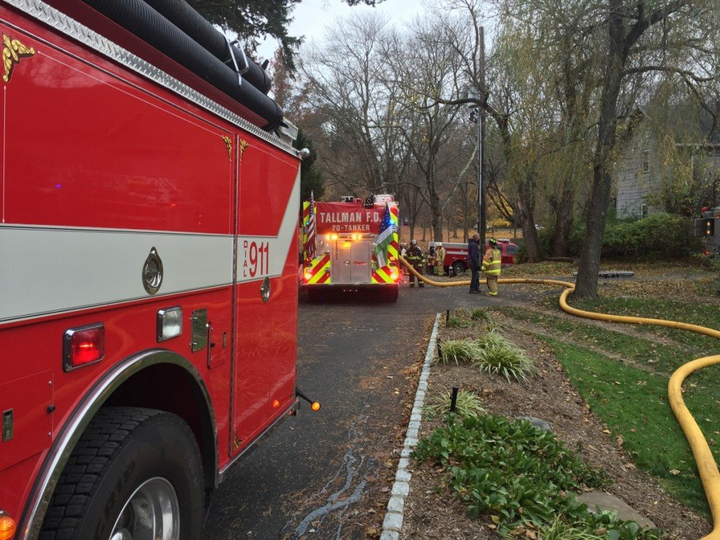 Tallman responds to Structure Fire on Viola Road
